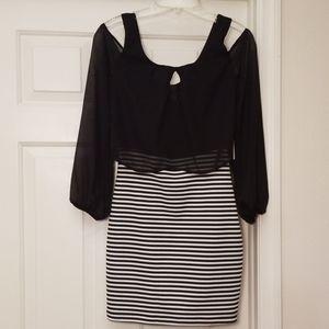 NWT Emerald Sundae Black & White Dress M